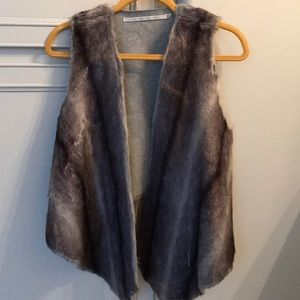 Twelfth Street by Cynthia Vincent faux fur vest